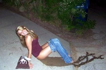 drunk-girl-pee-smile-456a110907
